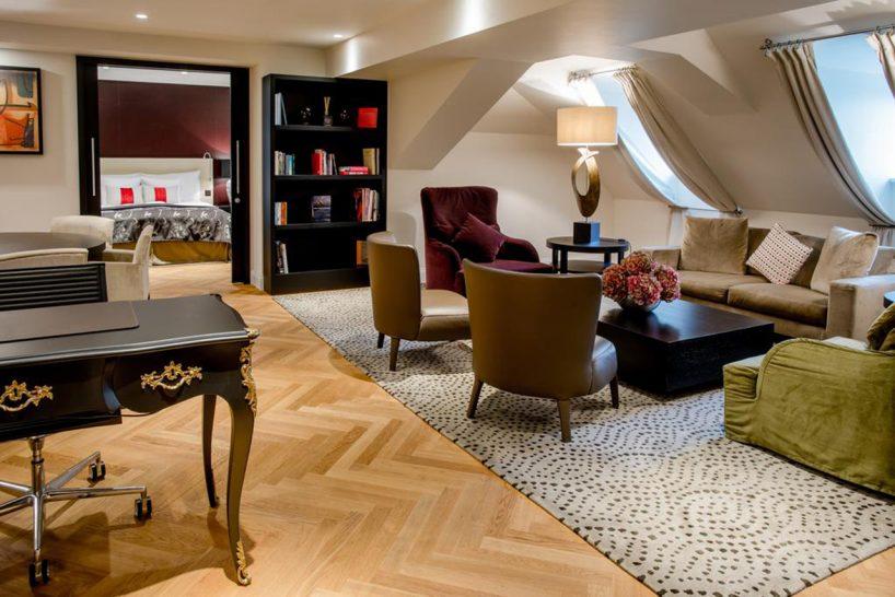 Hotel Schweizerhof Bern and The Spa Signature Suite