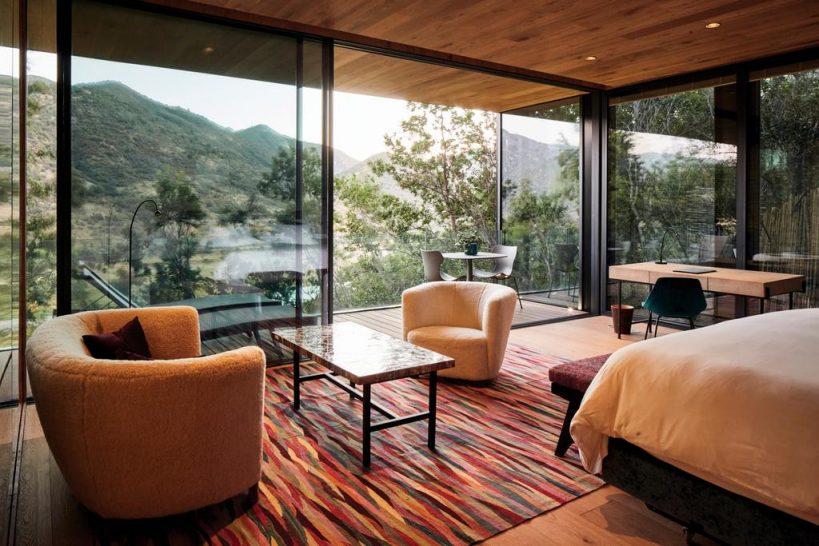 Hotel Vik Chile Luxury suite common area