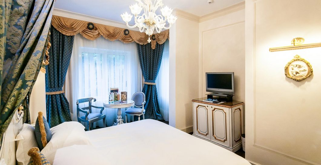 Hotel Villa e Palazzo Aminta Double Room Park view