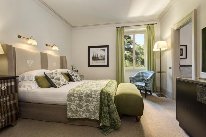 Hotel de Russie Executive Suite Bedroom