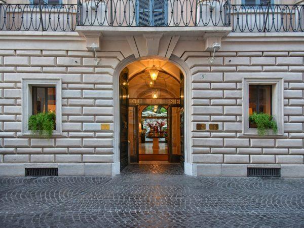 Hotel de Russie Facade
