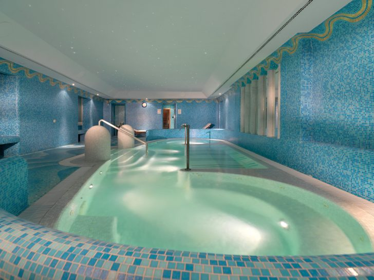 Hotel de Russie Hydrotherapy Pool