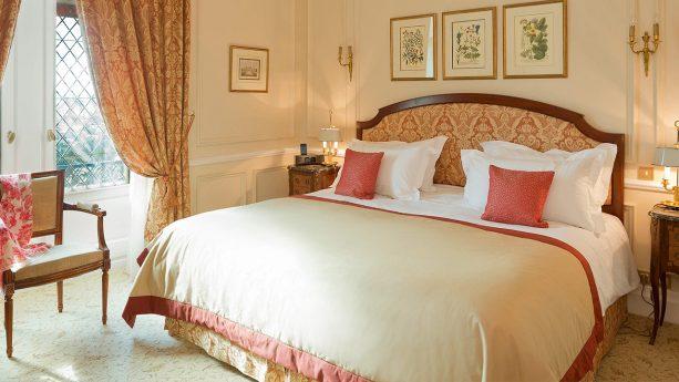Hotel de la Cite Carcassonne Deluxe Suite, 1 King Size Bed, 1 Sofa