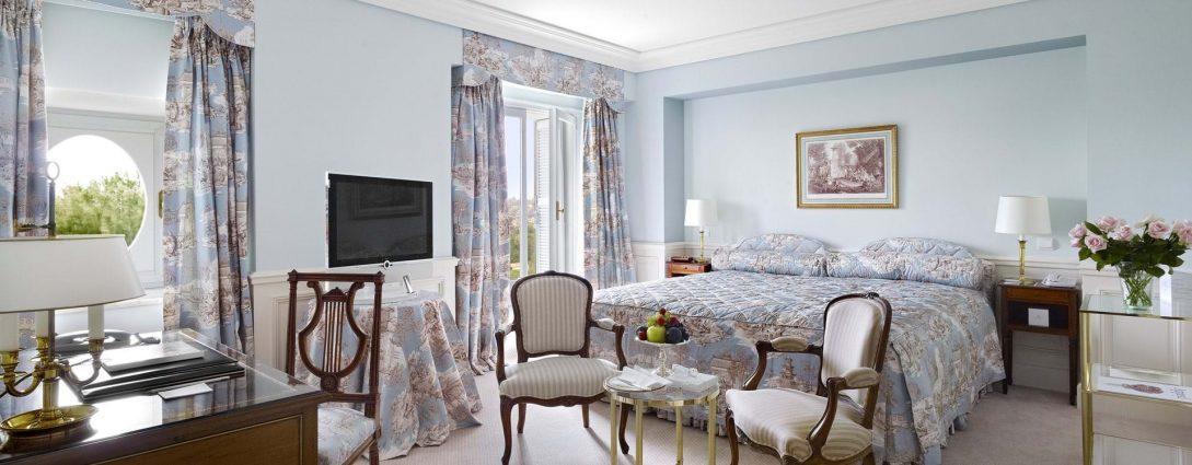 Hotel du Cap Eden Roc Superior Room