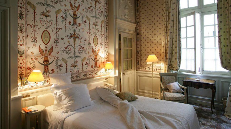 Hotel La Mirande Queen Bed Double
