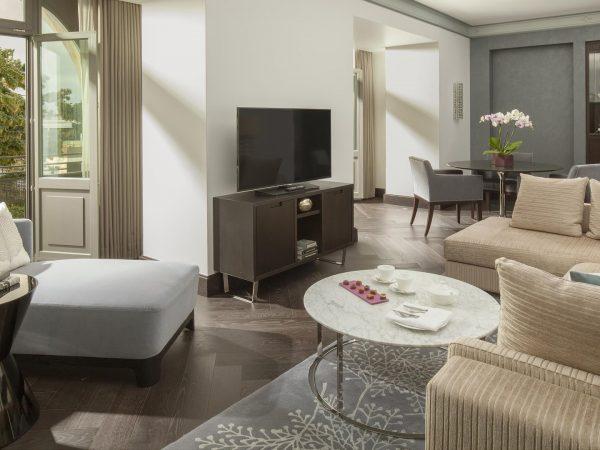 Hotel Royal Savoy Lausanne Corner Suite Lake View