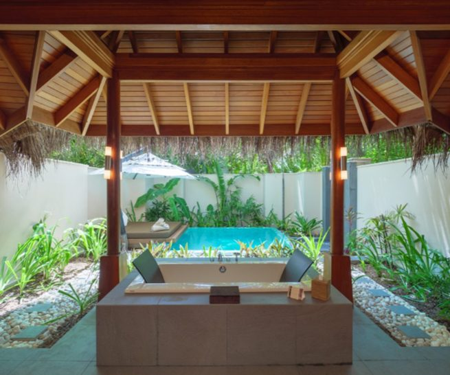 Huvafen Fushi Maldives Deluxe Beach Bungalow With Pool