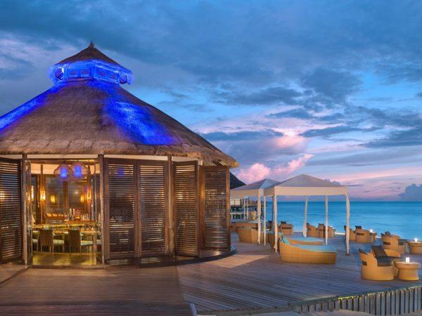 Jumeirah Vittaveli Maldives Night