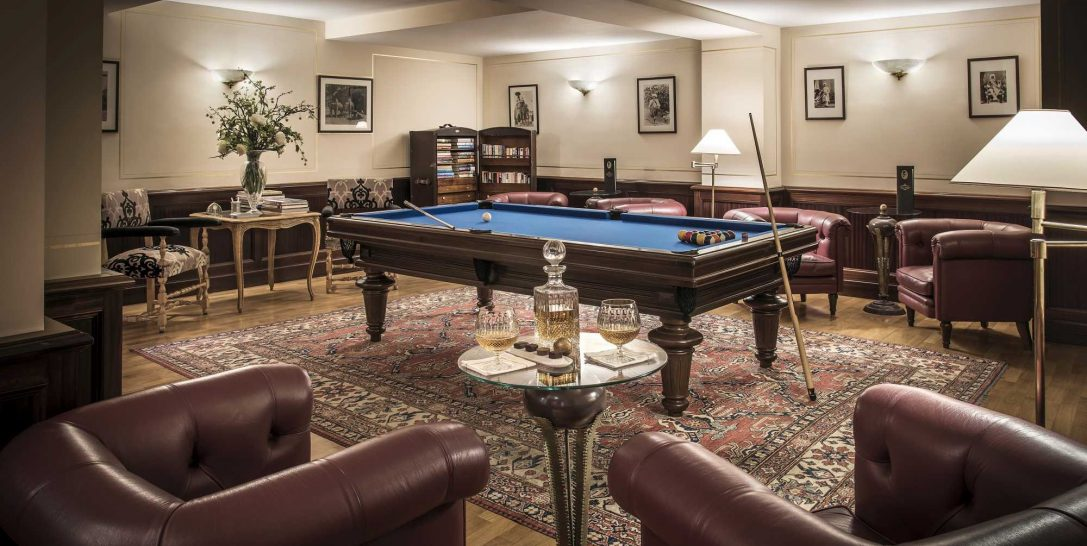 La Reserve de Beaulieu and Spa Billiard Room