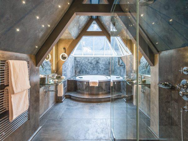 Le Grand Bellevue Bathroom