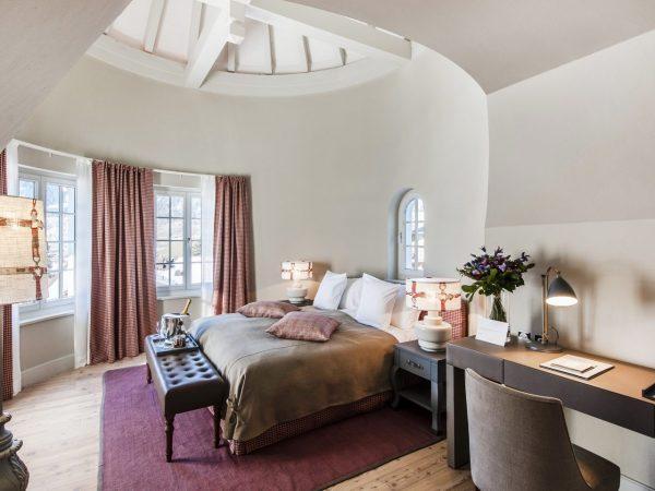 Le Grand Bellevue Chic Rooms
