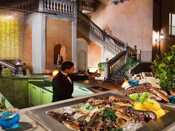 Palazzo Avino Lobster Martini Bar