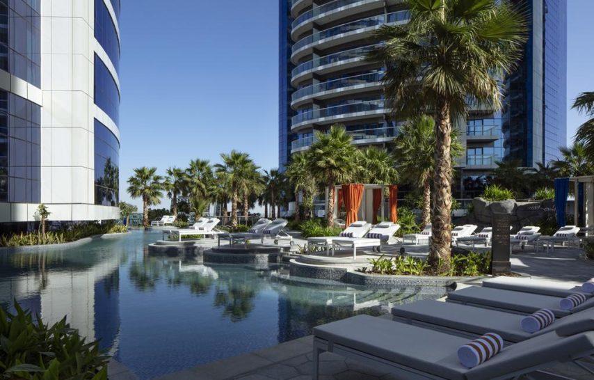 Paramount Hotel Dubai Pool