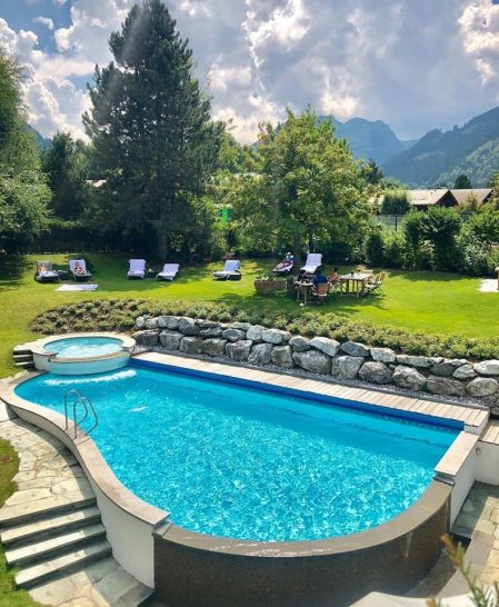 Park Gstaad Pool