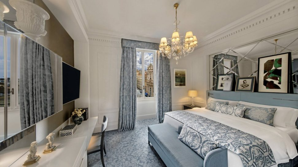 The St. Regis Rome Deluxe Double King Guest room, 1 King