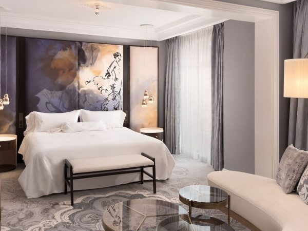The Westin Palace, Madrid Royal Suite 1 Bedroom Suite, 1 King, Bathrooms 1.5, Neptuno Fountain view, Corner room