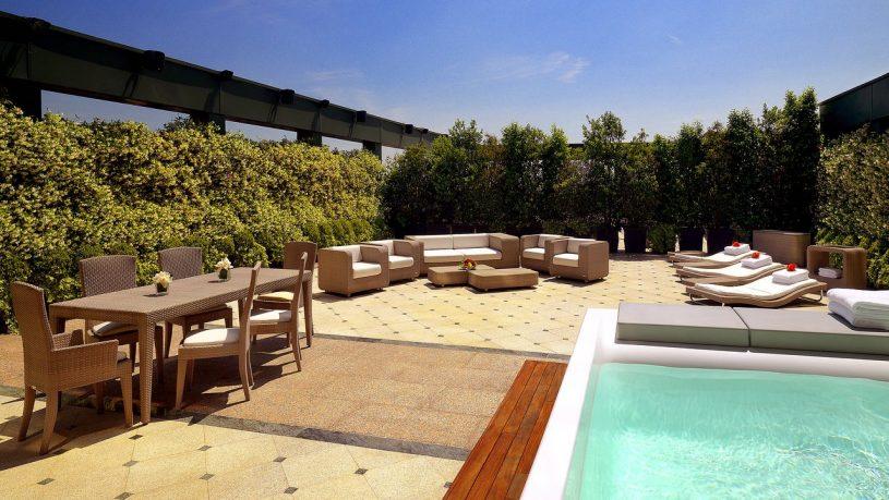 The Westin Palace Milan pool