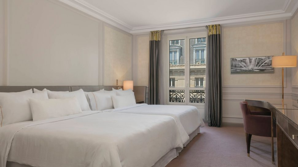 The Westin Paris Vendme Larger Guest room, 2 Twin Single Bed