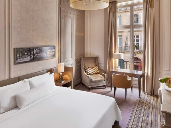 The Westin Paris Vendme Superior Room Guest room, Queen