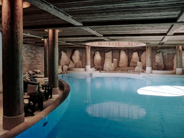 The-alpina-gstaad Pool