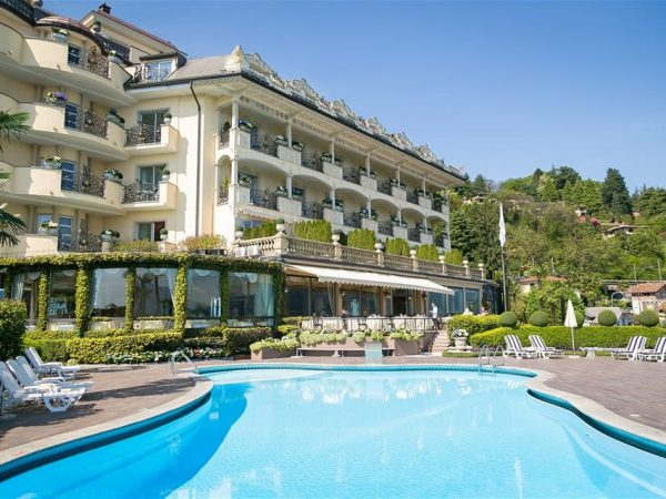 Villa and Palazzo Aminta pool