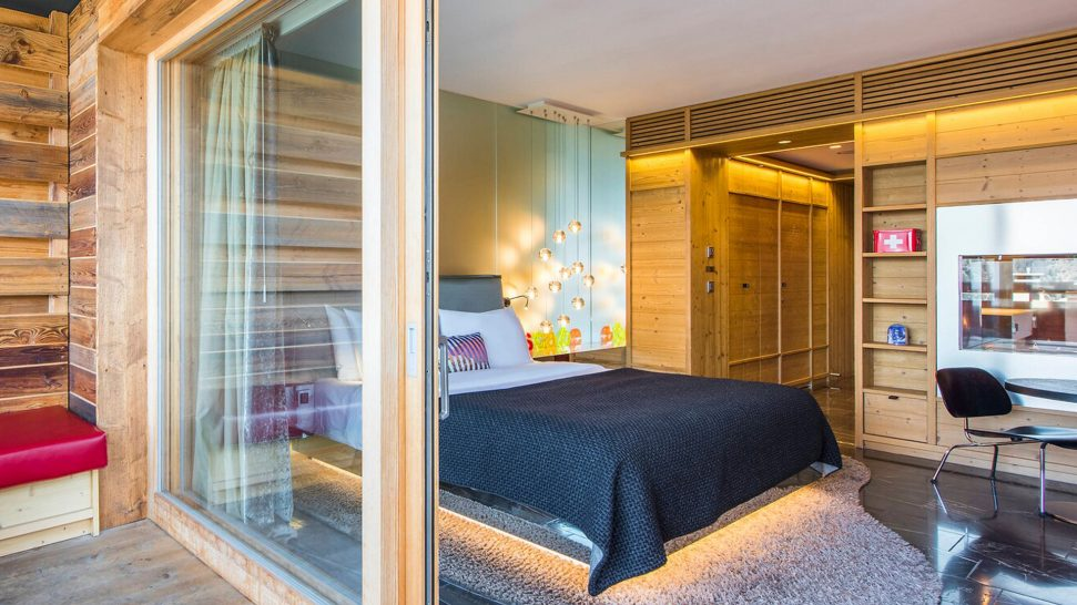 W Verbier Cozy Guest Room, 1 King, No View, Fireplace, Balcony