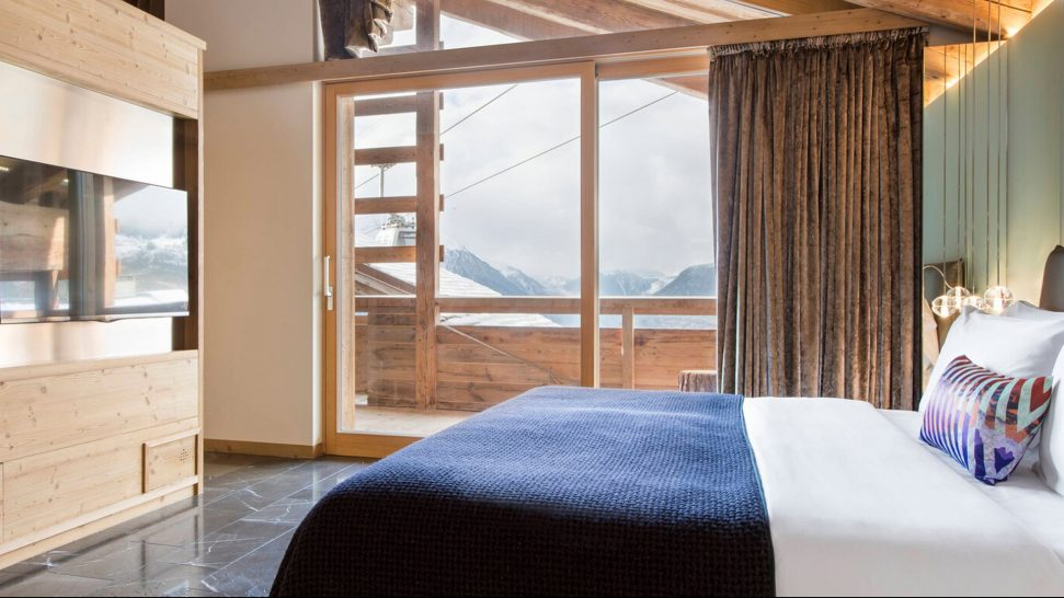 W Verbier Fabulous Larger Suite, 1 King, Fireplace, Balcony