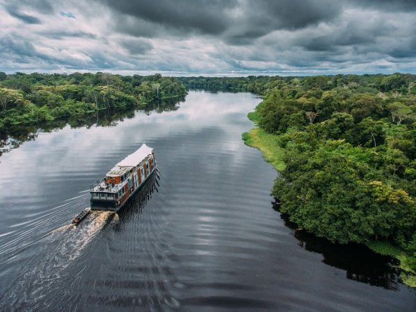 Aqua Expeditions Aria Amazon
