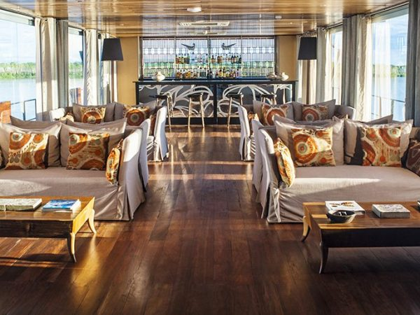 Aqua Expeditions Aria Amazon Indoor Lounge Deck