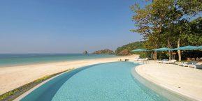 Awei Pila Island Resort