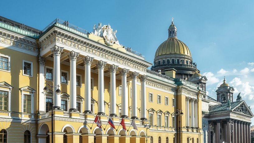 Four Seasons Lion Palace Saint Petersburg