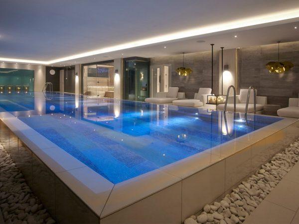 Foxhill Manor Pool