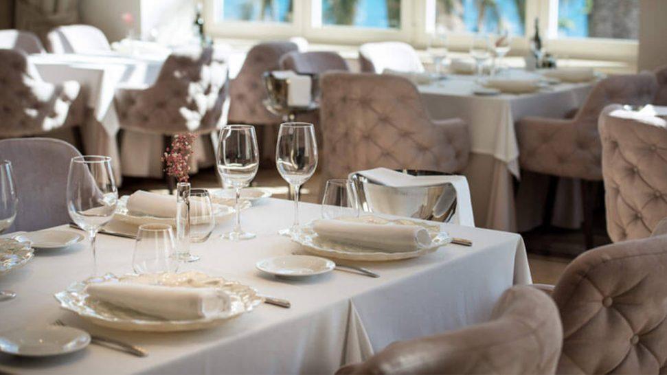 Gran Hotel Miramar M?laga Bot?nico Pool Bar & Restaurant