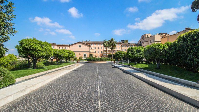 Gran Meli? Rome Exterior