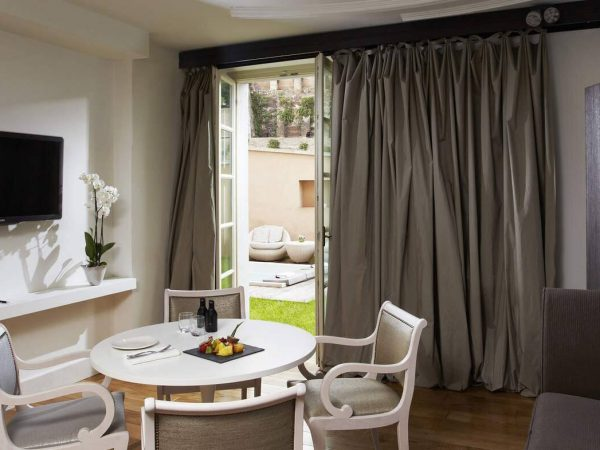 Gran Meli? Rome Family Suite With Private Whirlpool Garden Redlevel