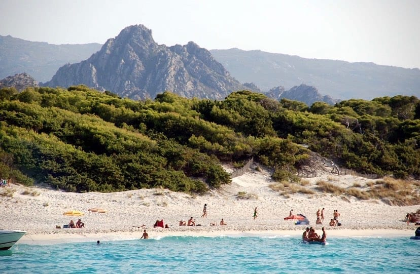 Hotel Misincu Corsica beach