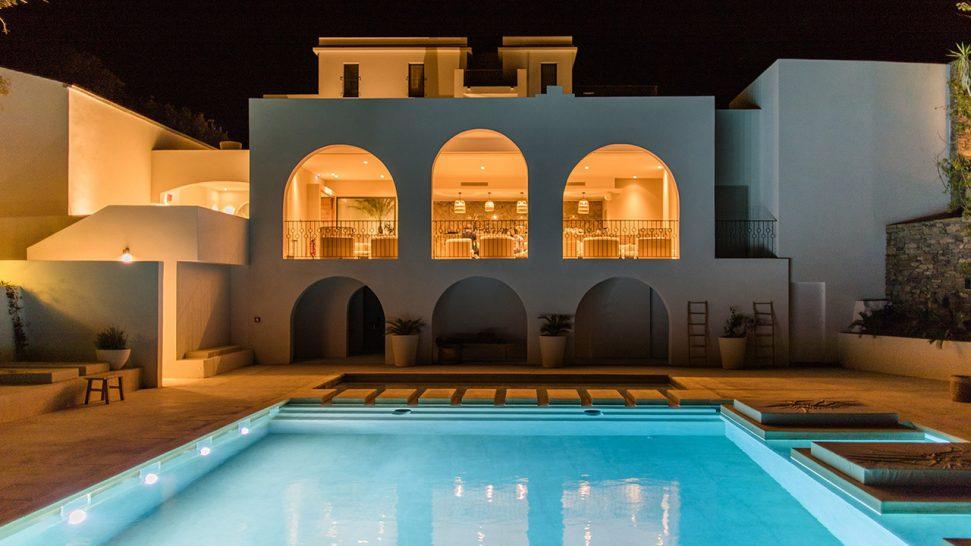 Hotel Misincu Pool View