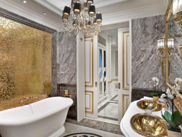 The St. Regis Moscow Nikolskaya Presidential Suite Bathroom