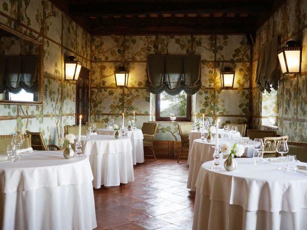 Castello Banfi Il Borgo Sala dei Grappoli Restaurant