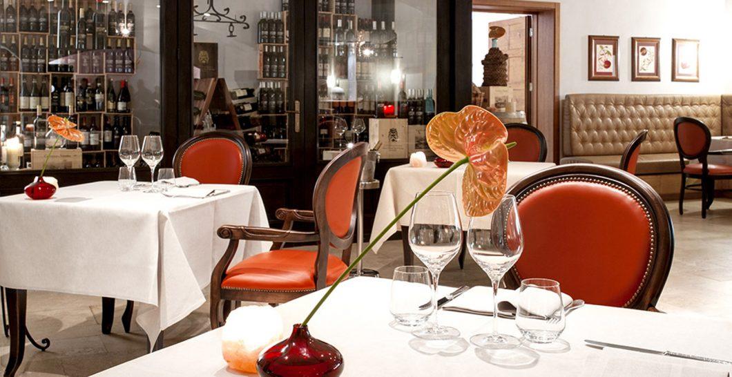 Castello Di Velona Dolce Vita Pool Restaurant