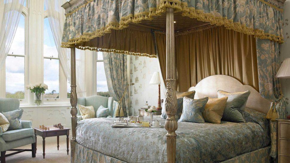Dromoland Castle Hotel Brian Boru Suite