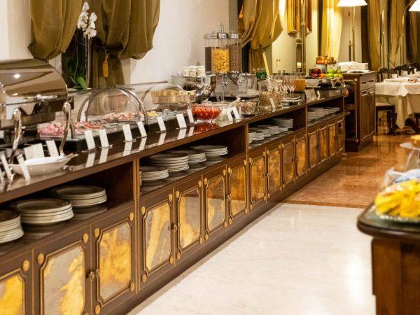 Due Torri Hotel Breakfast