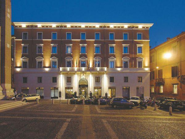 Due Torri Hotel Exterior View