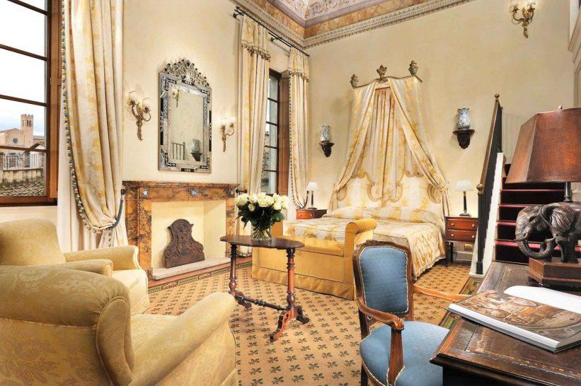 Grand Hotel Continental Siena Starhotels Collezione Heritage Suite