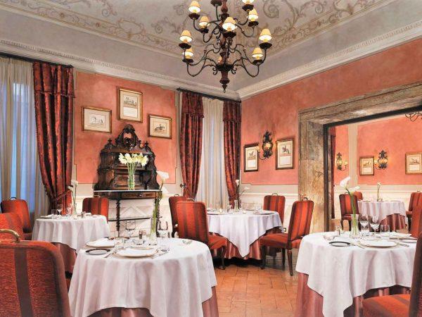 Grand Hotel Continental Siena Starhotels Collezione Restaurant Sapordivino