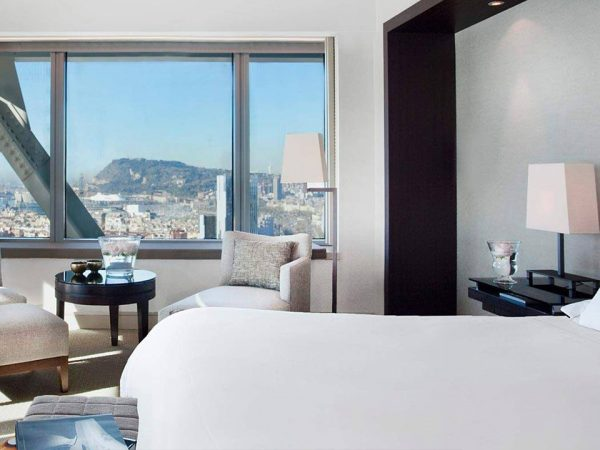 Hotel Arts Barcelona Club Suite