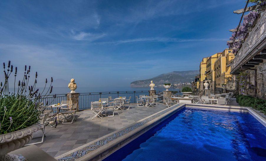 Hotel Bellevue Syrene Pool