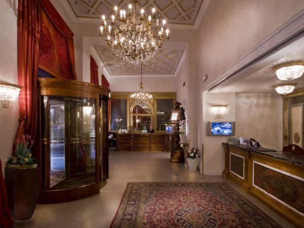 Hotel De La Ville Rome Interior