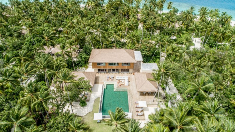 InterContinental Maldives Maamunagau Three-bedroom Royal Beachfront Residence