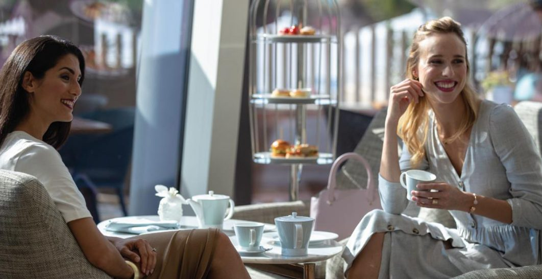 Jumeirah Beach Hotel Pearl Lounge
